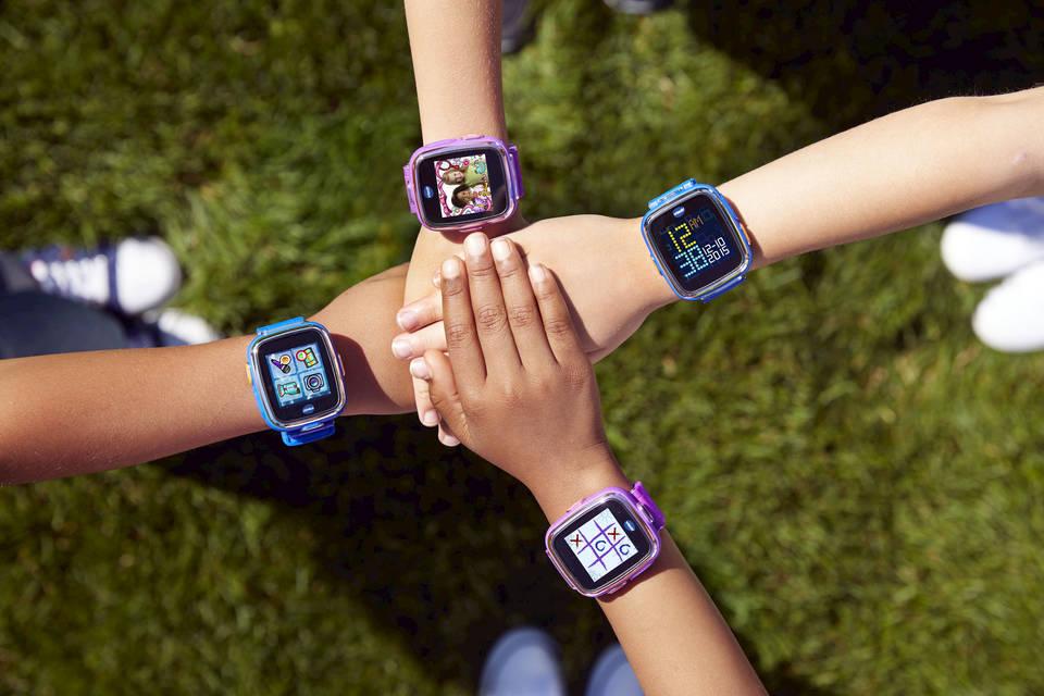 Marca comercial Llamarada insertar  Reloj GPS para niños✔️: Guía de los mejores relojes inteligentes |  FindMyKids Blog