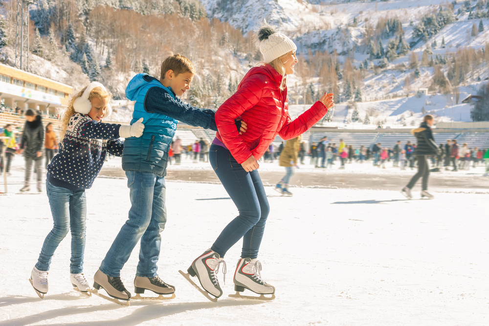 научиться кататься на коньках детям