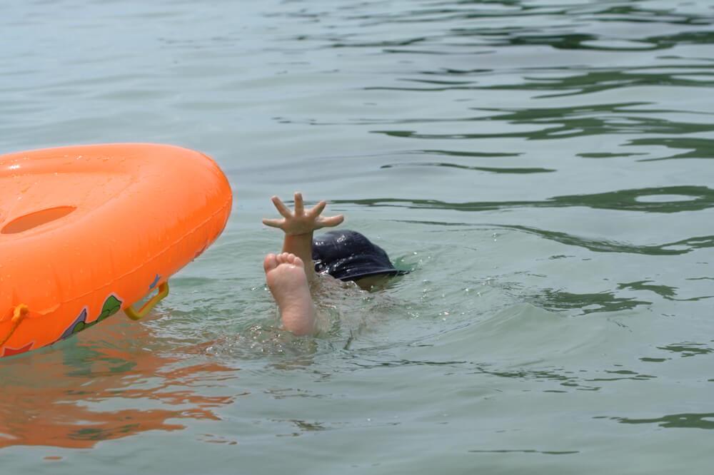 поведение на воде для детей