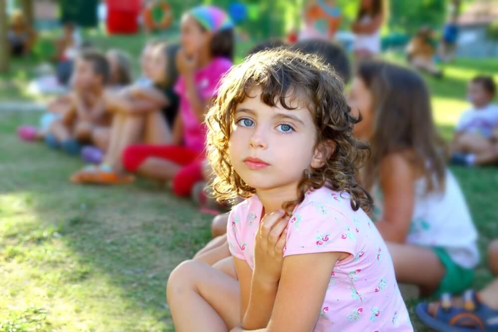 ребенок просится домой из лагеря