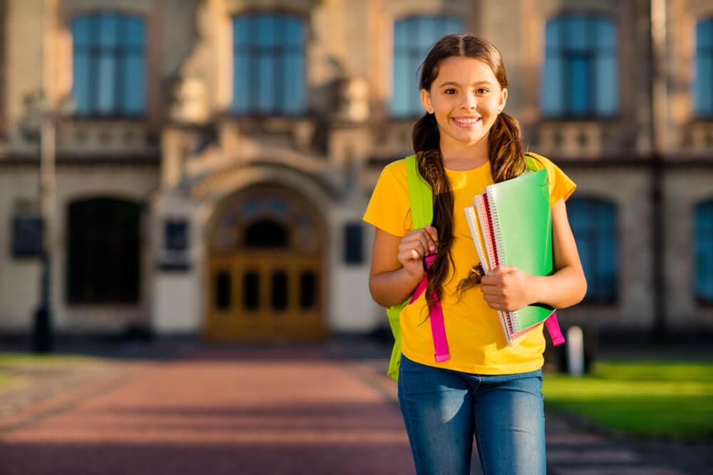сколько лет учатся в школе в украине