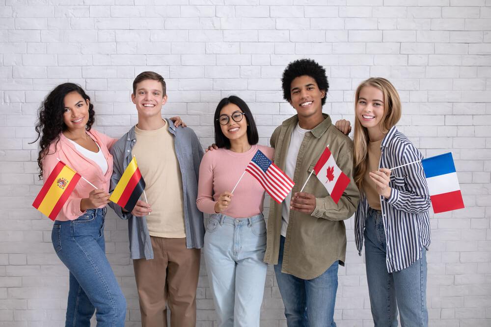 сколько лет учатся в американской школе